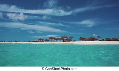 Cuba. The coast of the Caribbean Sea. Cayo Largo. Beach. -...