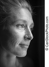 Juliane_Portrait_BW - Lateral head portrait of a woman of...