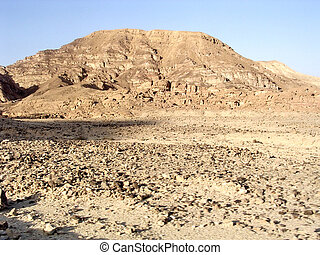 Eilat Arava Desert in front of the mountain March 2005 -...