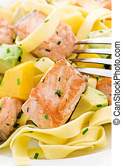 Salmon with Tagliatelle and Fruits