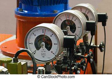 Industrial barometers