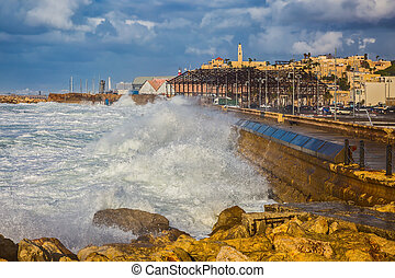 Huge foamy waves fight about the coast - New Quay in the Old...
