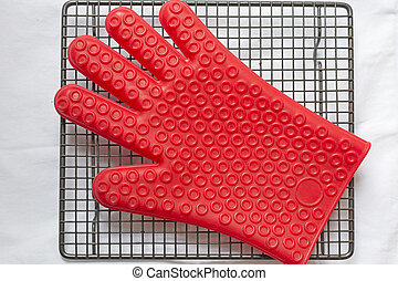 Silicone glove - Red silicone glove on cooling tray