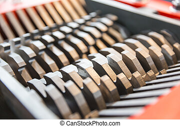 Steel blades of a cutting machine - Metal blades of a...