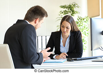 Salesman trying to convince to a doubtful client
