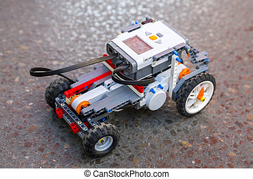 Toy robot from plastic blocks car - Toy robot made from toy...