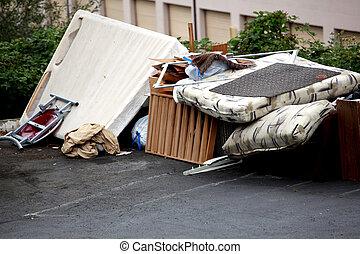 Trash and rubbish - Furniture, rubbish, and trash left on...