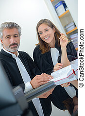 judges working together