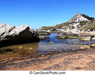 Panorami marini in territorio licatese - La foto mostra una...