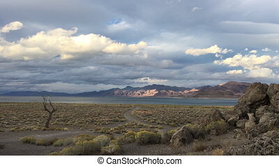 Pyramid Lake Nevada Tufas at Sunset - Beautiful Rock...