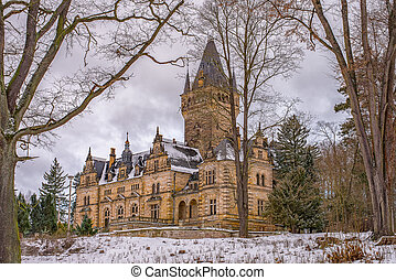 Hunting Lodge Hummelshain in winter - The magnificent...