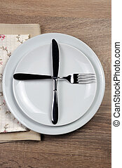 Dining etiquette - I still eat, ready for second plate. Fork...
