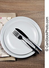 Dining etiquette - I still eat, Finished position. Fork and...