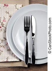 Dining etiquette - I still eat, finished. Fork and knife...