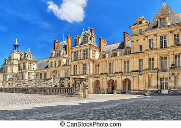 Suburban Residence of the France Kings - facade beautiful...