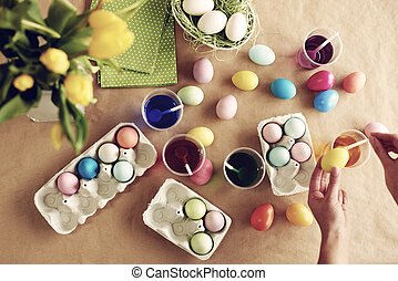 Homemade modern dyeing Easter eggs
