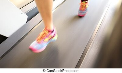 Close up feet runnig - Slow motion close up of woman feet in...