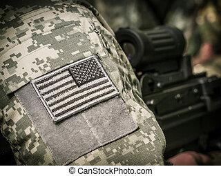 US Soldier with machine gun