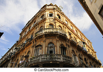 Vintage Havana building facade - Detail of vintage facade in...
