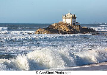 Miramar Beach (Praia de Miramar) and chapel Senhor da Pedra,...
