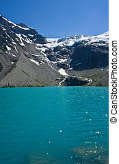 Upper Joffres - View of Joffres lake and glacier at the...