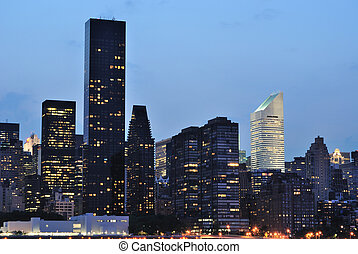 Midtown Manhattan - Cityscape of Midtown Manhattan across...