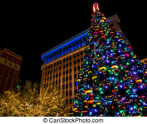 SJP Christmas - Christmas light at San Jacinto Plaza in El...
