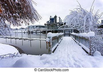 Deep Snow in Portland, Oregon - Deep snow in Portland,...