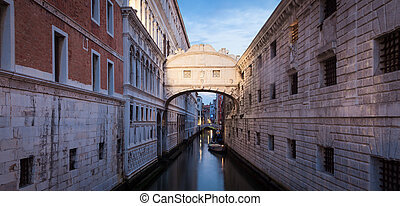 Venice - Ponte dei Sospiri - One of the most famous landmark...