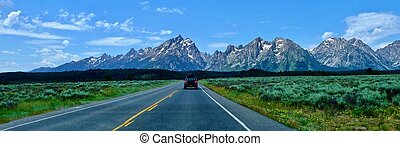 Road trip. - Grand Teton National Park. Jackson Hole....