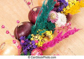 Onion plait with onions and dry flowers