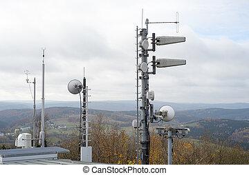 Radio mast for radio and mobile radio on a mountain