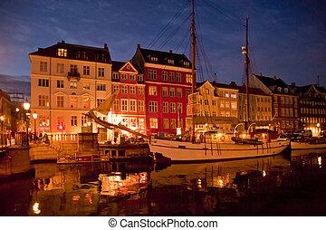 Copenhagen - Night scene in Copenhagen