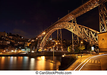 Dom Luis Bridge illuminated at night, Oporto Portugal