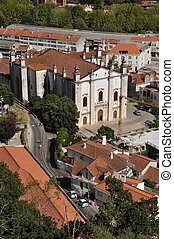 Leiria Se cathedral (from the XVI century) and cityscape...