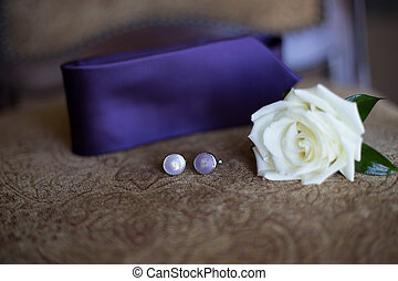 Groom's attire - Groom's boutonniere attire