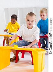 Kinder, vorschulisch