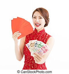 happy woman wear cheongsam and showing Red envelopes