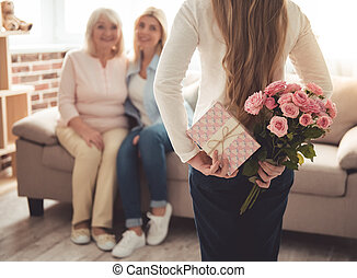 Daughter, mom and granny - Cute teenage girl is hiding...