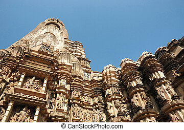 Famous temples in India with kamasutra love scenes