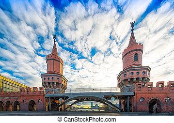 Oberbaumbrücke in Berlin - Detail of Oberbaumbrücke in...