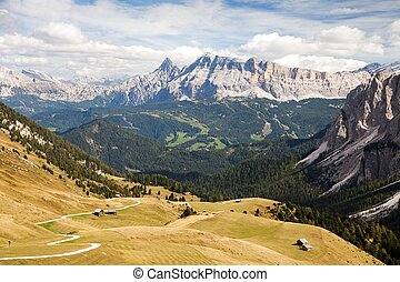 Alps Dolomites mountains, Kreuzkofel gruppe, Itay - View...