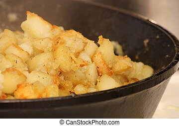 Yummy Hash Browns - home fried hash browns in a cast iron...