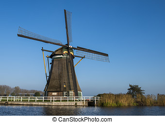 Windmill at Groot-Ammers - Windmill (achtkante mill) at...