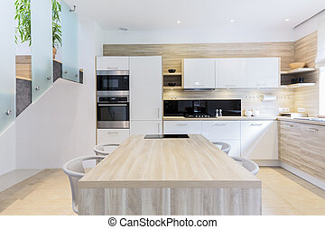 Fitted kitchen in light colors - Bright fitted modern...
