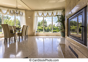 Spacious dinning room with windows - View of spacious...