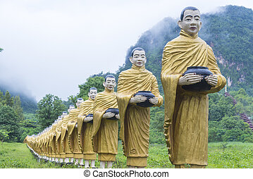 Buddha statues in Burma