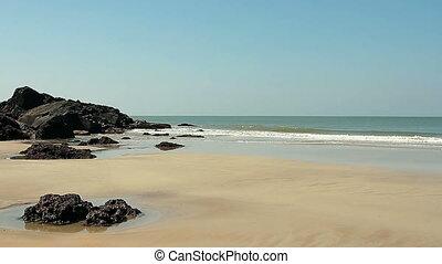 empty beach at sunny day - Beautiful empty beach at sunny...