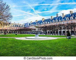 HDR Place des Vosges Paris - High dynamic range (HDR) Place...