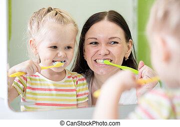 刷, 女儿, 母親, 牙齒, 一起, 孩子